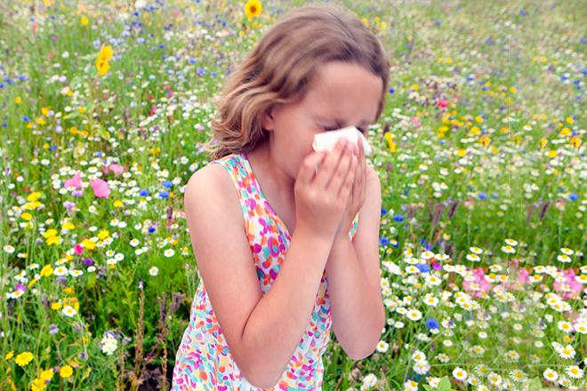 Trẻ bị dị ứng phấn hoa