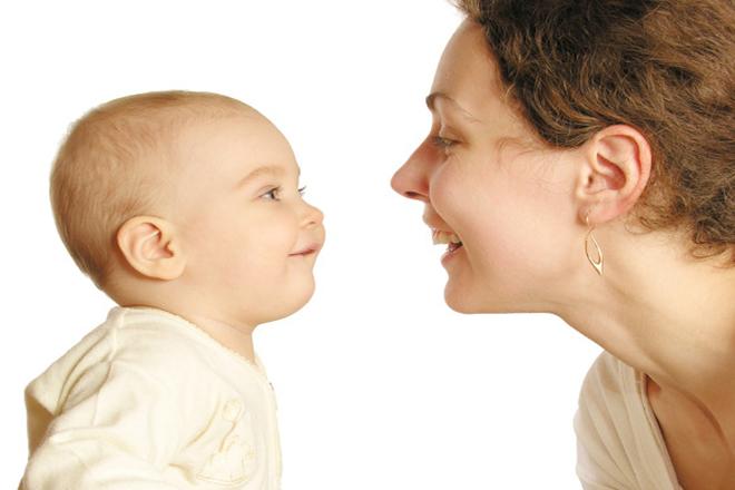 Cách dạy trẻ 1 tuổi tập nói cần nhiều nỗ lực