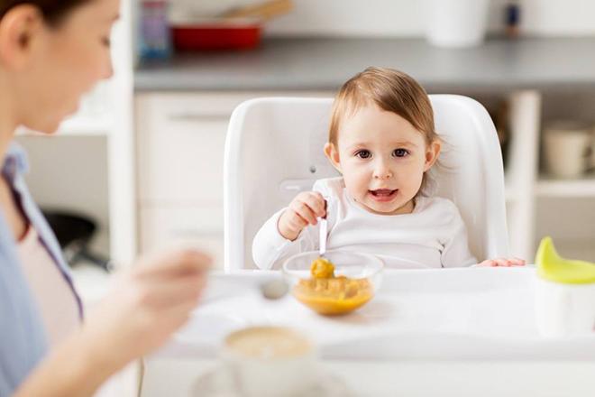 Trẻ thích món ăn có màu hấp dẫn