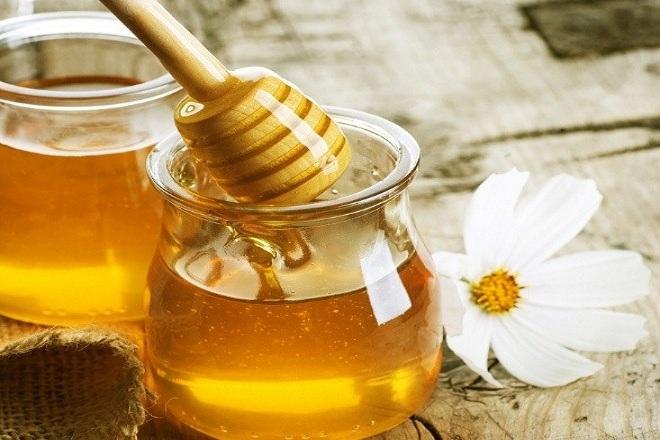 Cách làm trắng da mặt bằng mật ong được sử dụng rộng rãi