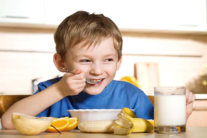 Trẻ ăn ngon miệng