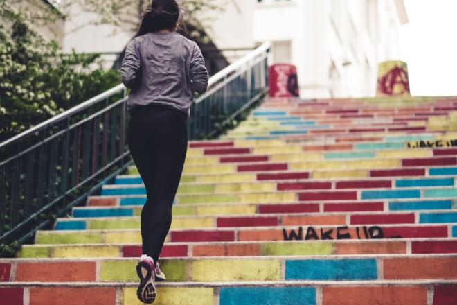 Kết hợp chạy bộ với các bài tập vùng bụng giúp giảm mỡ bụng hiệu quả hơn