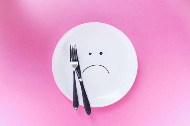 Nhịn ăn và bỏ bữa không phải là phương pháp giảm mỡ tốt và hiệu quả đâu nhé
