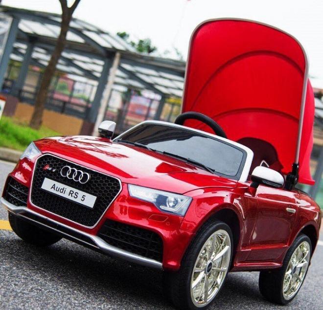 Xe ô tô điện trẻ em Audi RS5