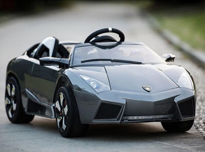 Hình ảnh xe ô tô trẻ em tự lái Lamborghini LS 518