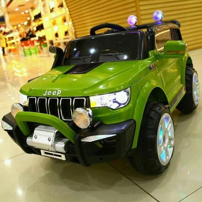 Xe ô tô trẻ em tự lái Jeep KP 6188