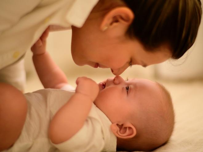 Sức khỏe của mẹ và con phải được đặt lên hàng đầu bố mẹ nhé!