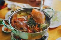 3 cách nấu lẩu cua biển đậm đà cả nhà ai cũng thích mê