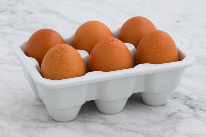 Trứng là một trong những loại thực phẩm giàu đạm dễ tìm