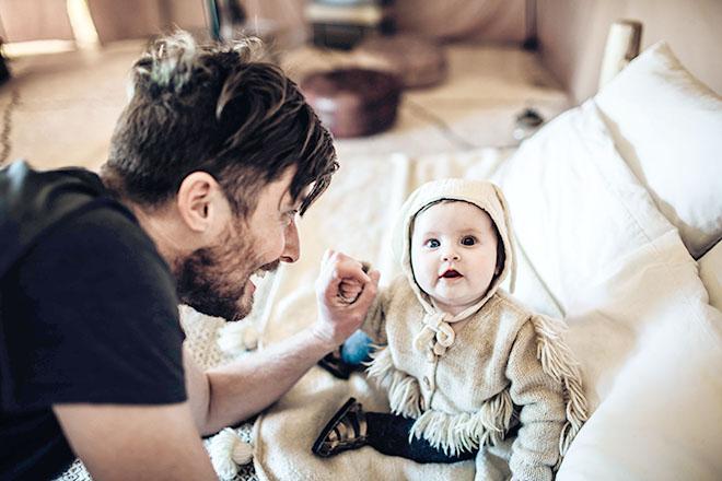 Cách chăm sóc trẻ sơ sinh mùa lạnh về