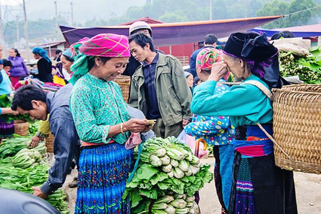 Chợ Đồng Văn Hà Giang