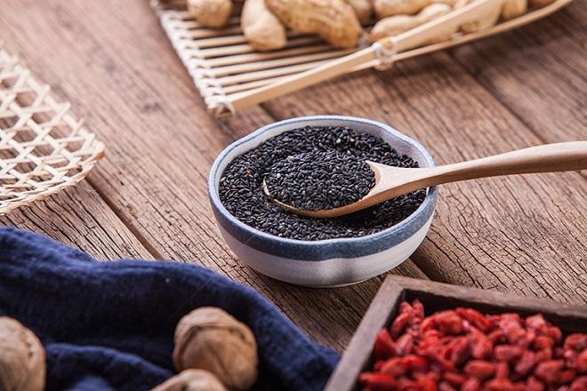 cách dùng mè đen chữa bệnh