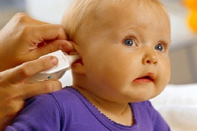 Đo thân nhiệt ở tai