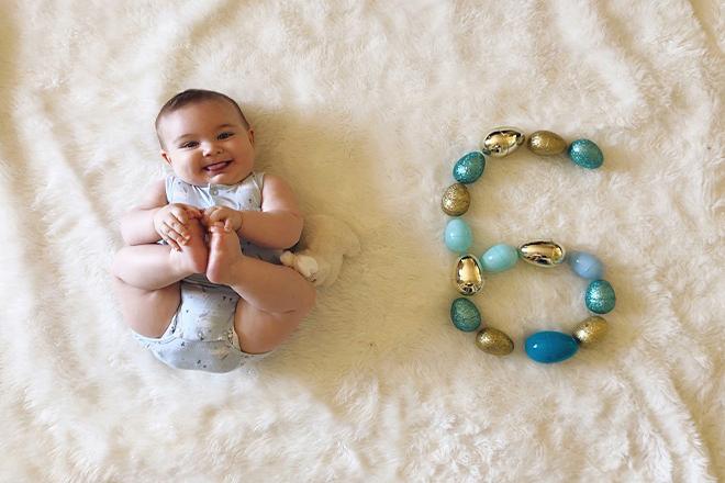 Sự phá triển của bé 6 tháng tuổi