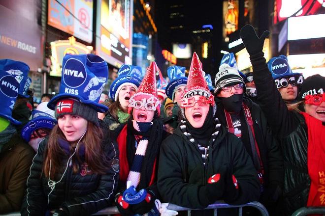 người mỹ ăn mừng năm mới