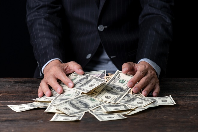 đàn ông và tiền bạc