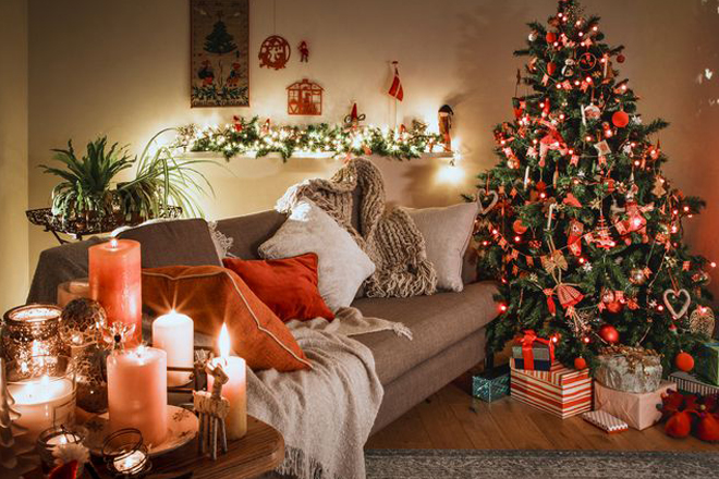 Trang trí Giáng sinh 2019 dưới sapo