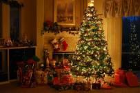 Trang trí cây thông Noel tuyệt đẹp cho mọi không gian