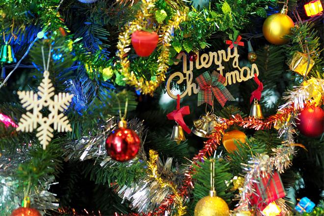 Đồ vật trang trí Giáng Sinh