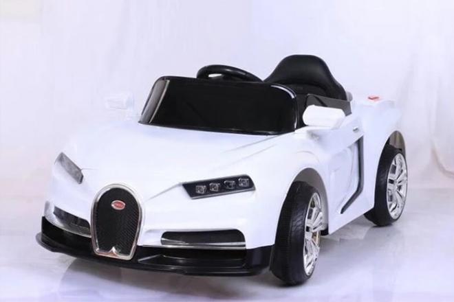 xe ô tô điện trẻ em CL 6666