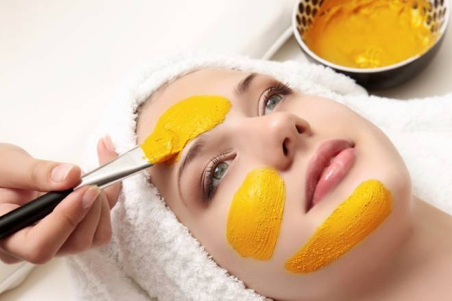 Mặt nạ nghệ rất tốt cho da mụn