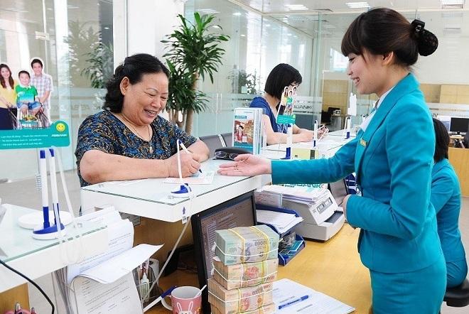 nhân viên và khách hàng