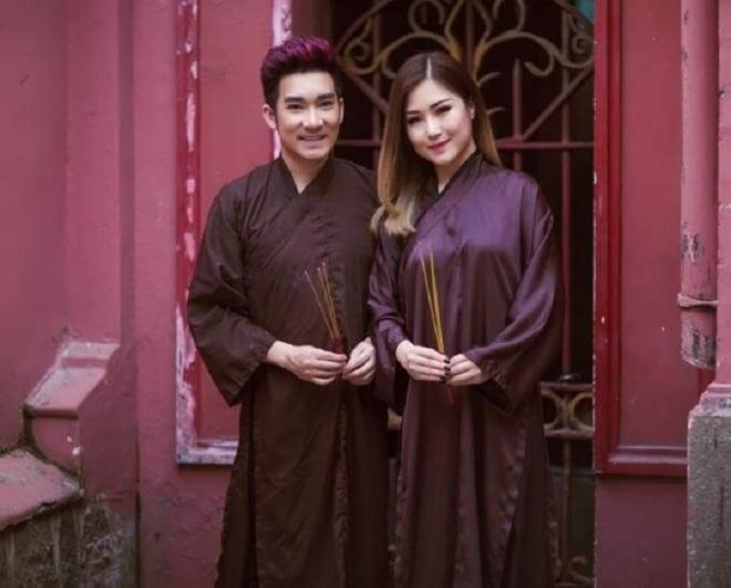 áo dài nam đi lễ chùa
