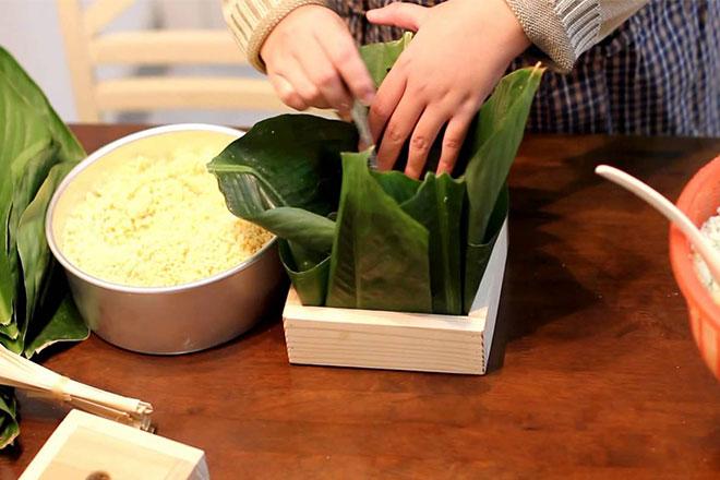 cách gói bánh chưng bằng khuôn