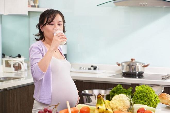 chế độ dinh dưỡng của mẹ bầu