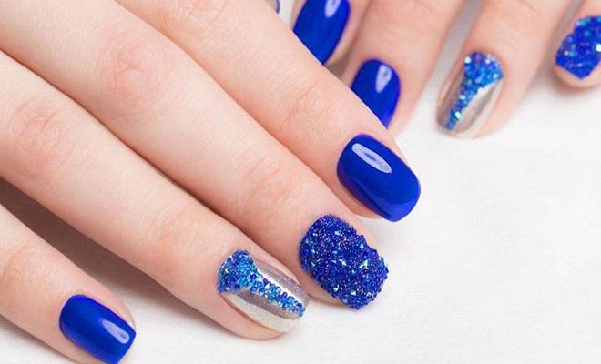 nail mau xanh bien