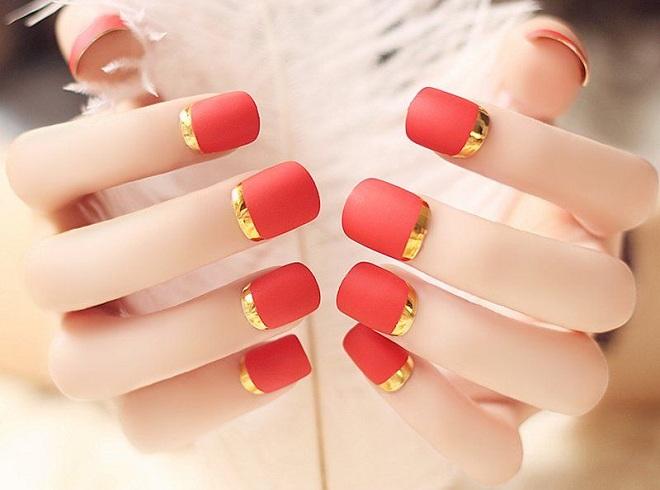 nail mau do may man