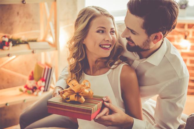 Quà tặng ngày Lễ tình nhân dưới sapo