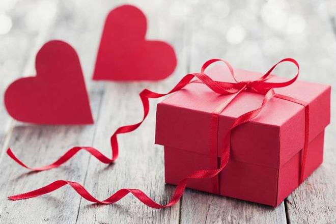 Quà tặng ngày Lễ tình nhân vừa tiền