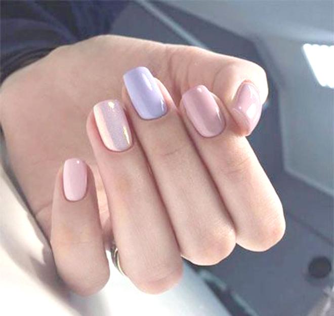 Nail nhiều màu tông nude chủ đạo