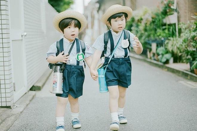Trẻ em Nhật đi học