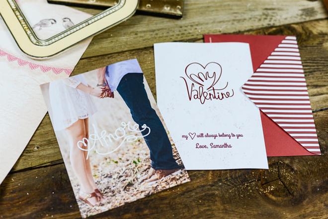 Thiệp Valentine dưới sapo
