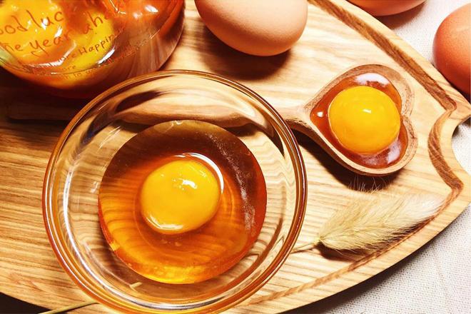 Tác dụng của trứng gà làm đẹp