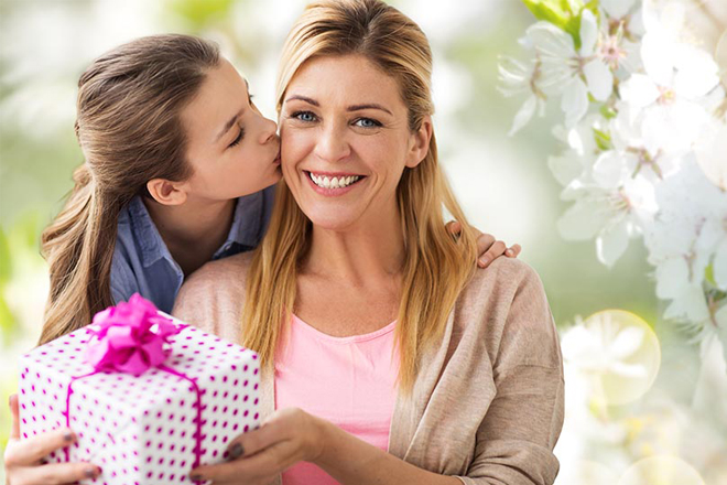 8 tháng 3 nên tặng gì cho mẹ dưới sapo