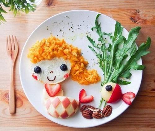Description: Trang trí món ăn đẹp, độc đáo sẽ thu hút trẻ hơn