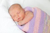 6 điều cần ghi nhớ khi chăm sóc mẹ và bé sinh vào mùa hè