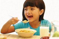 7 kiểu ăn sáng ảnh hưởng tai hại đến dạ dày của trẻ