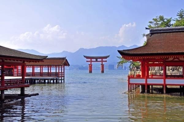 22780-itsukushima.jpg