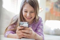 Dạy con sử dụng điện thoại đúng cách với 5 bước đơn giản