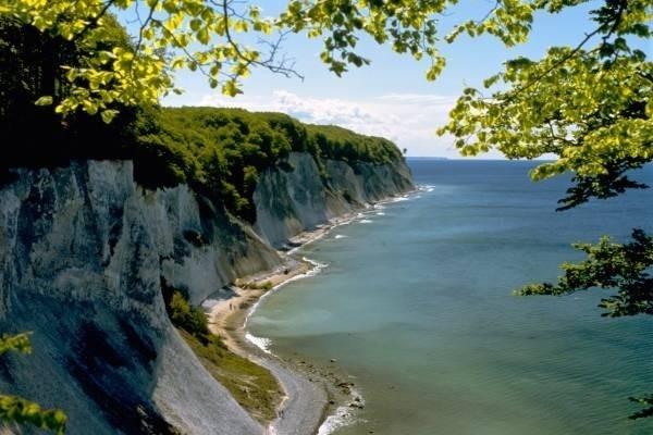 26324-rugen-island-2.jpg
