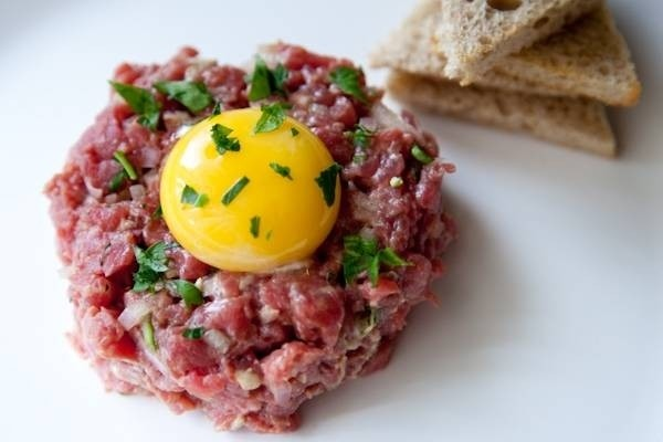 26661-mon-steak-tartare.jpg