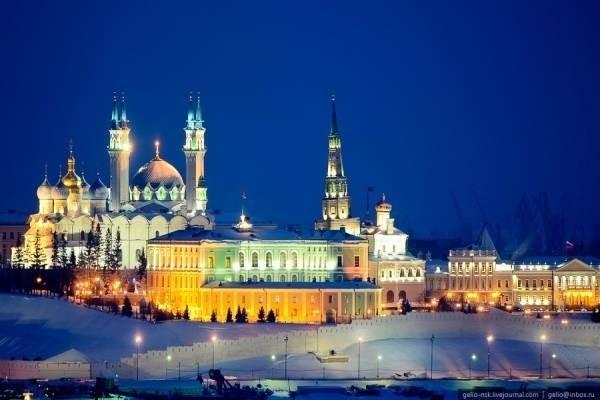 30380-dien-kazan-kremlin2.jpg