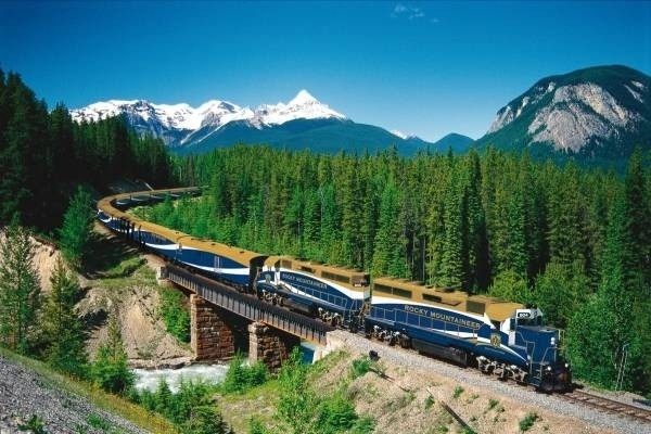 30910-rocky-mountaineer.jpg