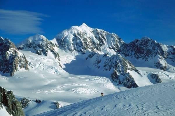 32082-snowy-mountains1.jpg