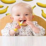 Lạm dụng đồ chơi gặm nướu có thể khiến trẻ bị răng hô, lệch hàm