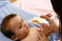 Liệt kê 7 cách chữa sổ mũi sai lầm cho bé mẹ nên tránh